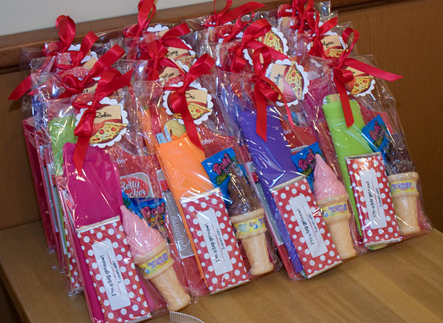 Pizza Party – Party Favors | Total City Girl