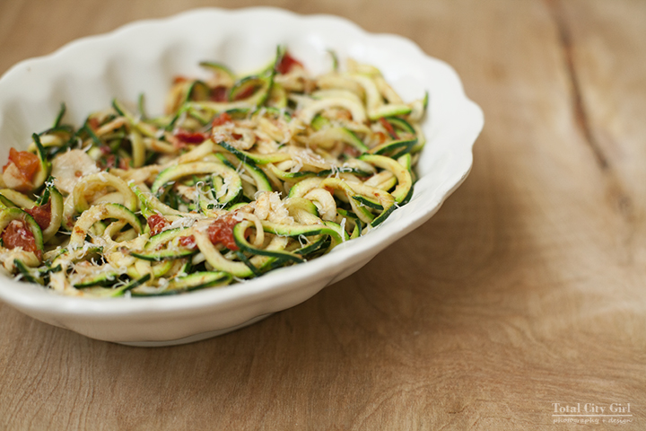 Easy Recipe: Zoodles with Tomato and Garlic by Total City Girl - Stacey Natal