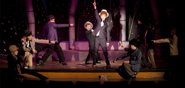Theater Photography:  Guys & Dolls, Jr.